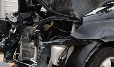 Car safety improving, deaths in car crashes decreasing